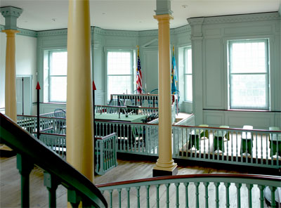 Photo of The Old State House courtroom
