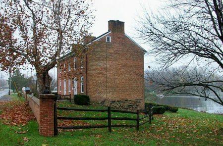 Hale-Byrnes House