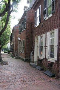 Street scene in the New Castle Historic District National Historic Landmark.