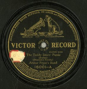 "Victor Records label for ""The Teddy Bears' Picnic"""