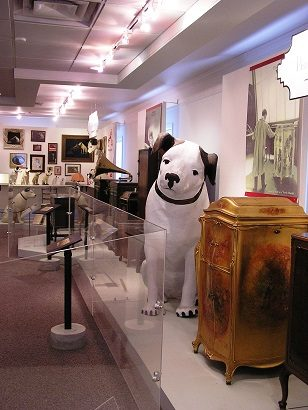 Displays at the Johnson Victrola Museum
