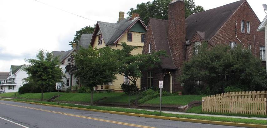 Photo of residences along Commerce Street in Harrington