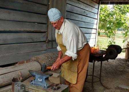 Photo of blacksmith Richard Shehorn