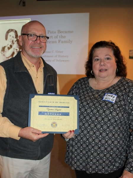 Photo of Cindy Snyder with her 25-year service award