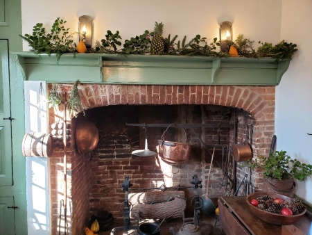 Photo of hearth decorated for the holidays at Hale-Byrnes House.