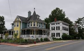 Photo of a street scene in the Milton Historic District