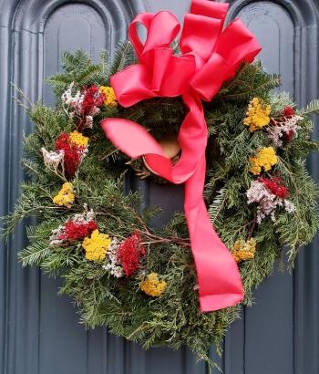 Photo of a wreath made by the Arasapha Garden Club