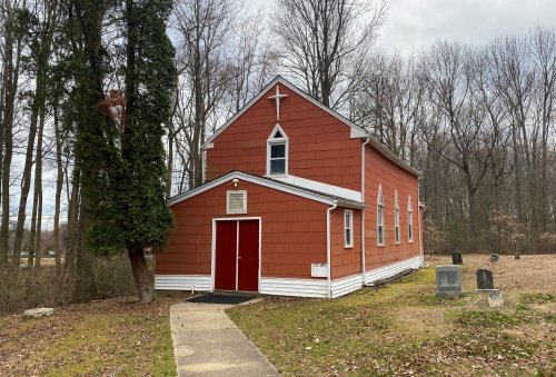 Photo of the exterior of St. Daniel's Community Church of Iron Hill