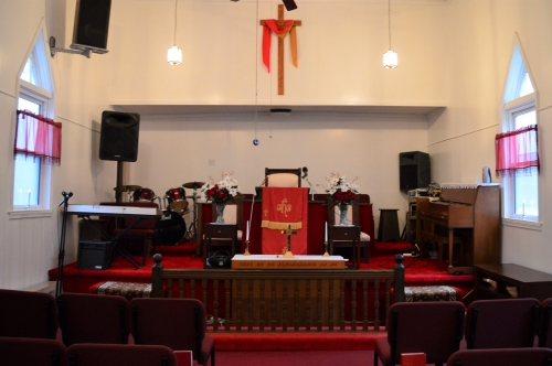 Photo of the altar of St. Daniel's Community Church of Iron Hill